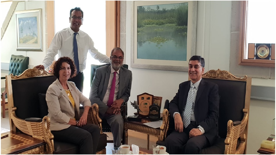 Pro Vice-Chancellor International Macquarie International University, Ms. Nicole Brigg called on the High Commissioner for Pakistan